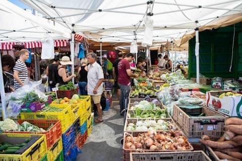 פלטפורמה לחקלאים שוק הנמל בתל אביב
