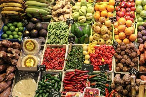 שוק פירות וירקות